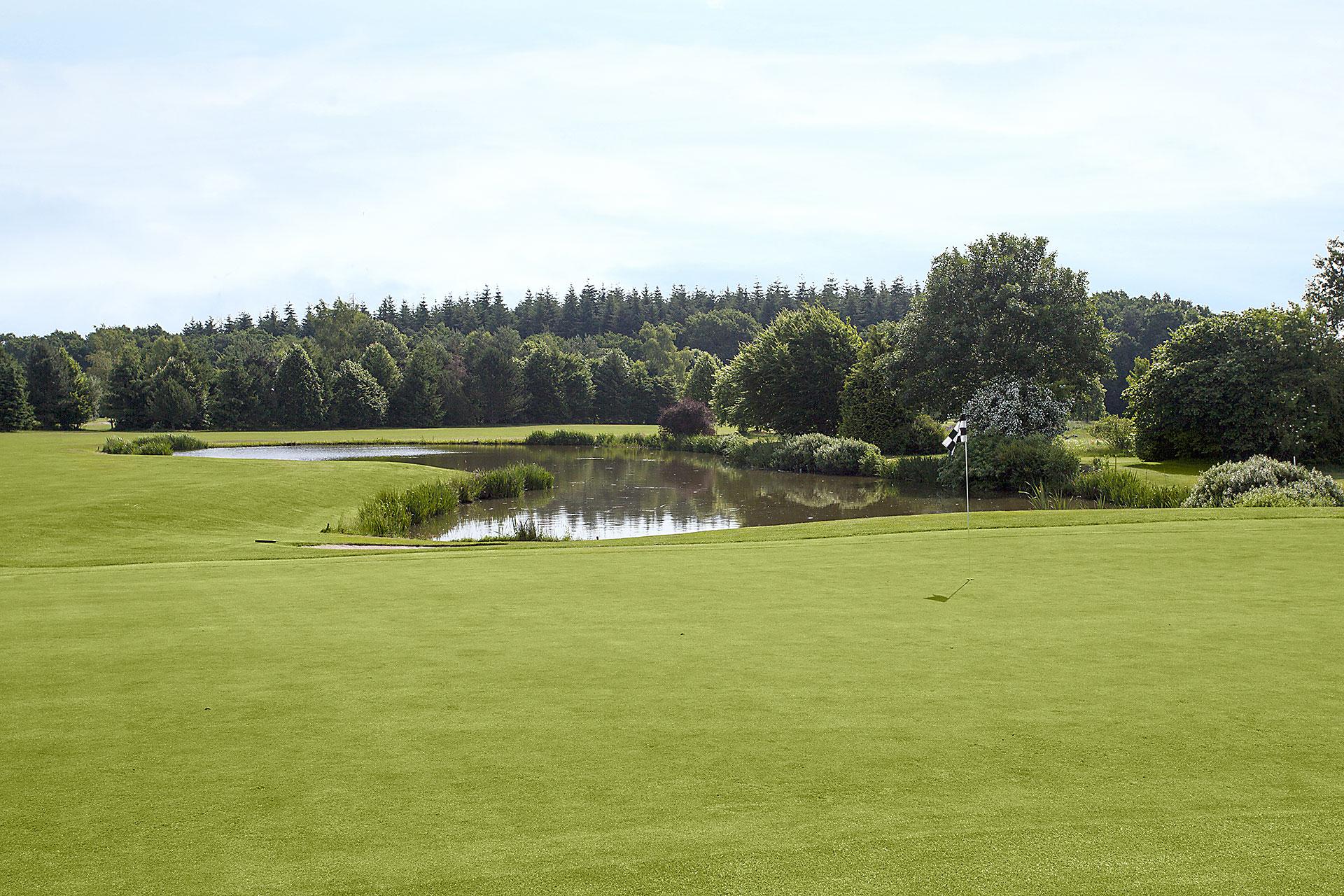 Greenkeeping-golfplatz